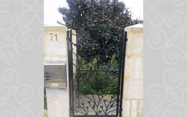 Floral Design Entry Gate