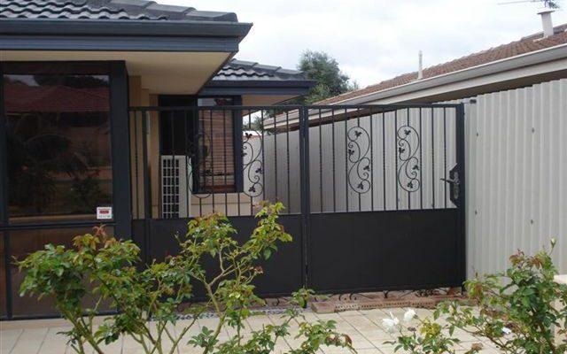Pet Side Gate