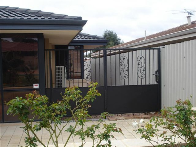 Pet Side Gate