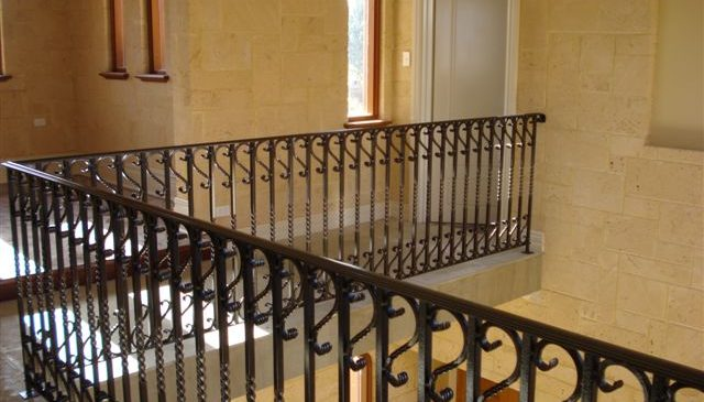 Scrolls Twisted Heavy Handrail Black Balustrade
