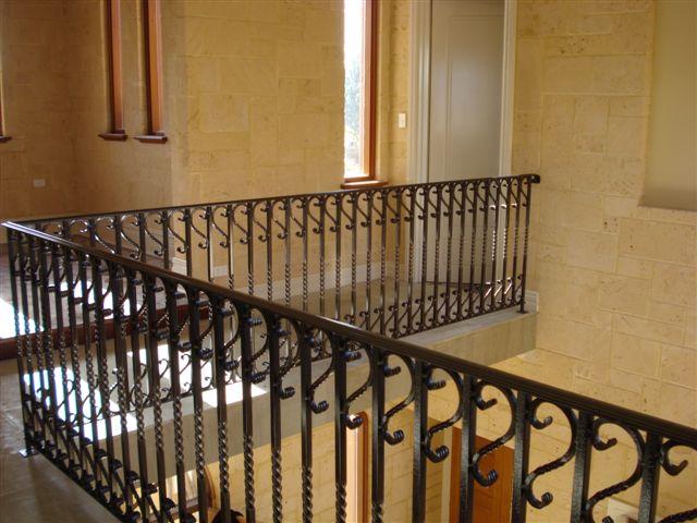 Scrolls Twisted Heavy Handrail Black Balustrade