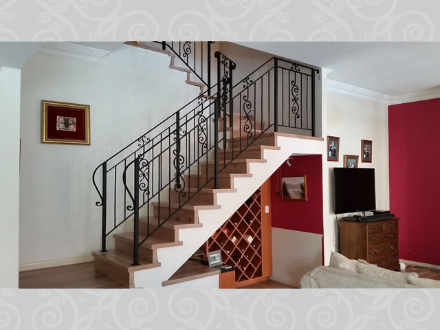 Stair Balustrade Scroll Feature