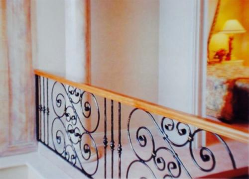 Ornate Wooden Handrail Balustrade