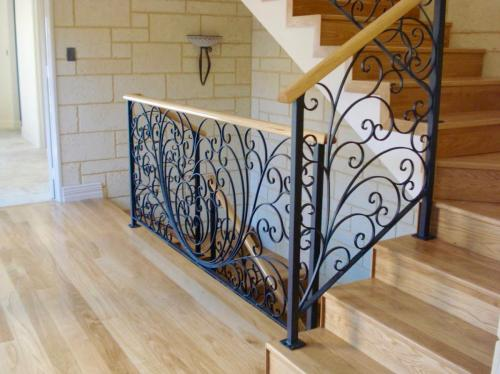 Peacock Wooden Rail Balustrade